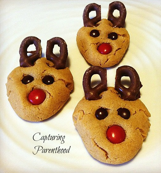 Simple Scrumptious Christmas Sweets © Capturing Parenthood