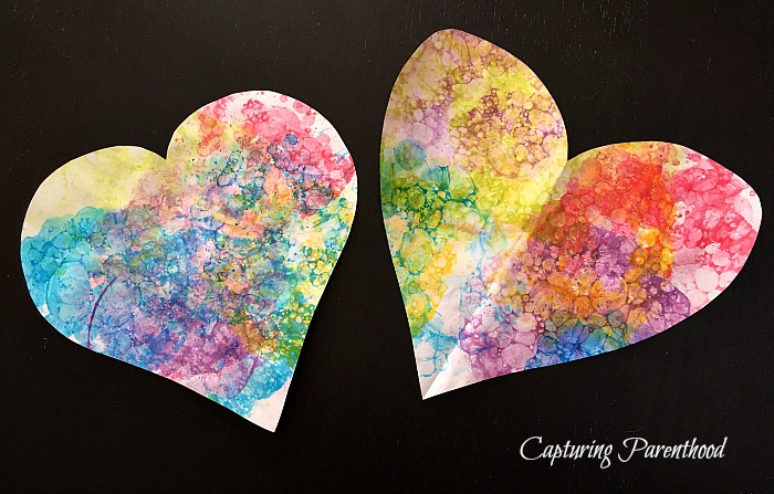 Bubble Painting - Two Ways © Capturing Parenthood