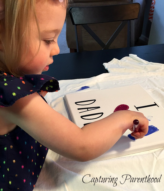 A Heartfelt Father's Day Craft © Capturing Parenthood