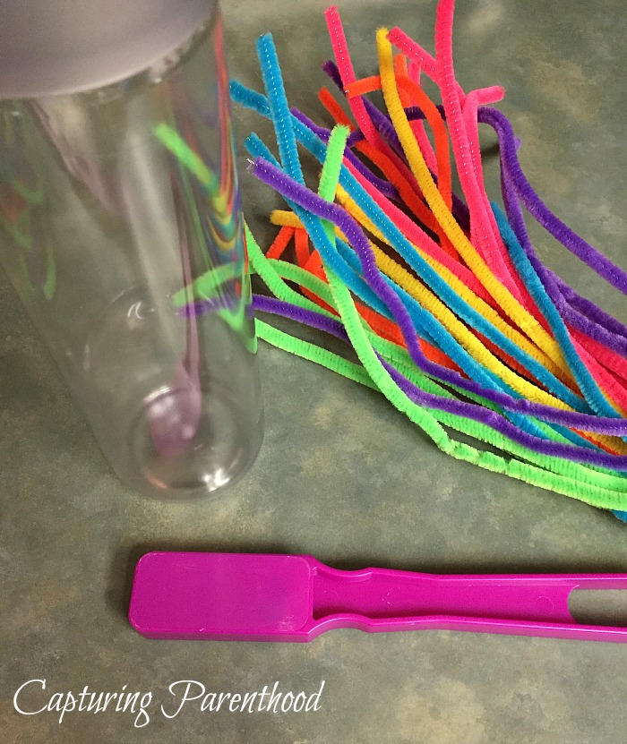 Magnetic Pipe Cleaners Sensory Bottle © Capturing Parenthood