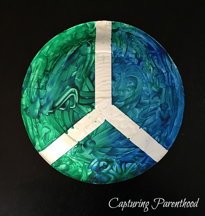 World Peace Paper Plate Craft © Capturing Parenthood