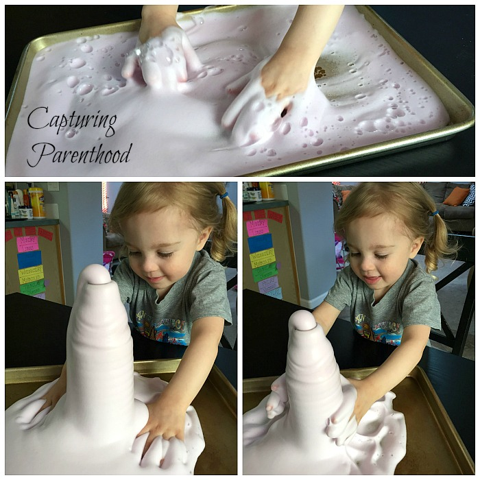 Foaming Fountain Experiment (Elephant Toothpaste) © Capturing Parenthood